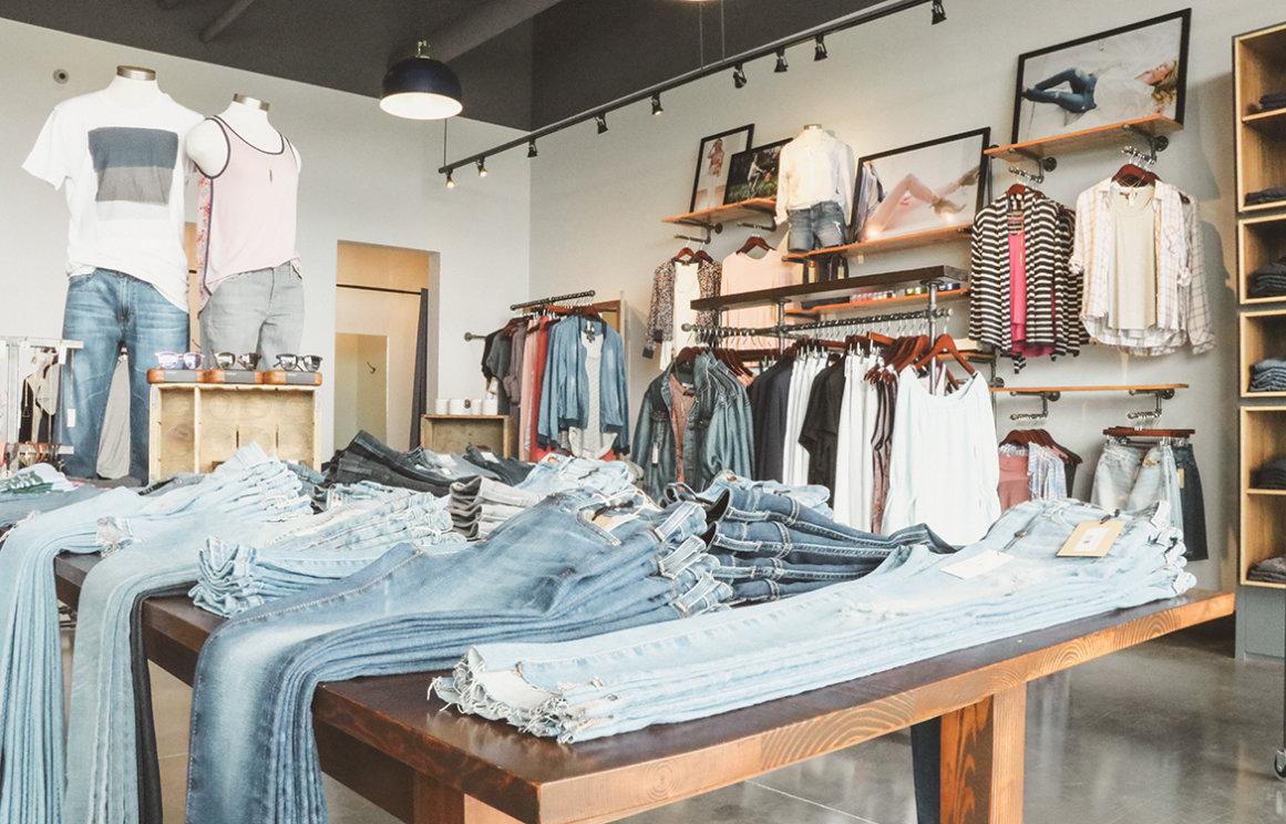 Denim Saloon Retail Commercial Build